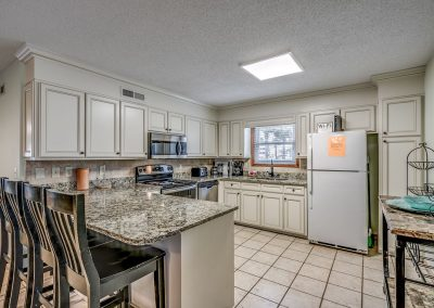 Myrtle Beach Rentals 10-bedroom ocean view Coral Breeze in the Crescent Beach section of North Myrtle Beach, South Carolina image 110