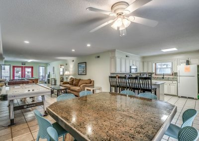 Myrtle Beach Rentals 10-bedroom ocean view Coral Breeze in the Crescent Beach section of North Myrtle Beach, South Carolina image 115