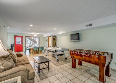 Myrtle Beach Rentals 10-bedroom ocean view Coral Breeze in the Crescent Beach section of North Myrtle Beach, South Carolina image 117