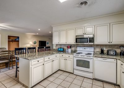 Myrtle Beach Rentals 10-bedroom ocean view Coral Breeze in the Crescent Beach section of North Myrtle Beach, South Carolina image 129