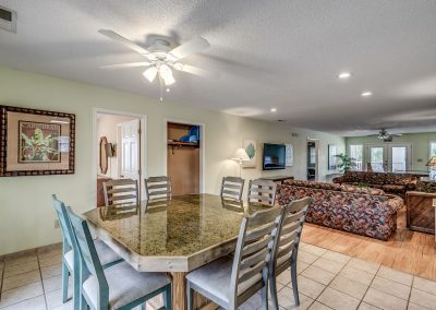 Myrtle Beach Rentals 10-bedroom ocean view Coral Breeze in the Crescent Beach section of North Myrtle Beach, South Carolina image 130