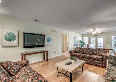 Myrtle Beach Rentals 10-bedroom ocean view Coral Breeze in the Crescent Beach section of North Myrtle Beach, South Carolina image 133