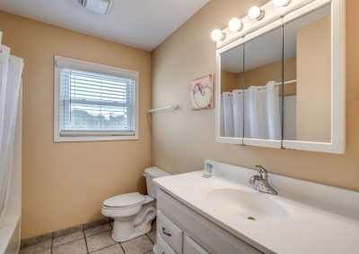 Myrtle Beach Rentals 10-bedroom ocean view Coral Breeze in the Crescent Beach section of North Myrtle Beach, South Carolina image 140