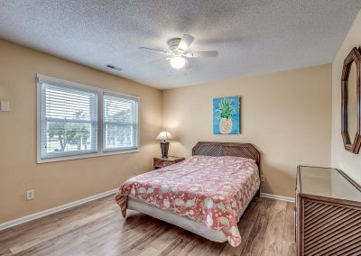 Myrtle Beach Rentals 10-bedroom ocean view Coral Breeze in the Crescent Beach section of North Myrtle Beach, South Carolina image 141