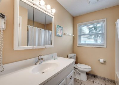 Myrtle Beach Rentals 10-bedroom ocean view Coral Breeze in the Crescent Beach section of North Myrtle Beach, South Carolina image 143