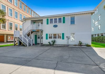 Myrtle Beach Rentals Luxury OCEANFRONT 8 Bedroom Home w/ Private Pool & Hot Tub! image 143